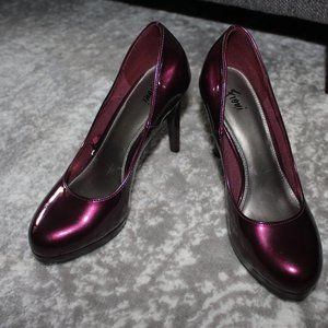 "Fioni Maroon 4"" Heels Shoes Size 7 1/2"